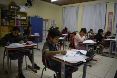 Alunos de Escolas Municipais realizam prova do SAEM