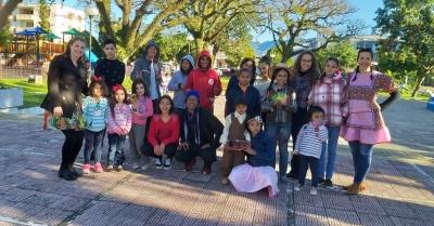 CREAS promoveu arraiá para crianças e adolescentes