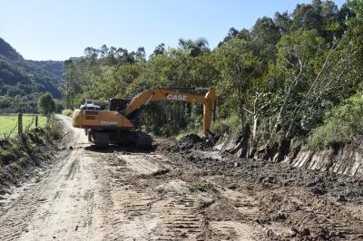 Estradas da Linha São Luiz recebem recuperação