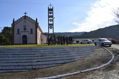 Secretaria de Obras realiza melhorias em Val Veronês