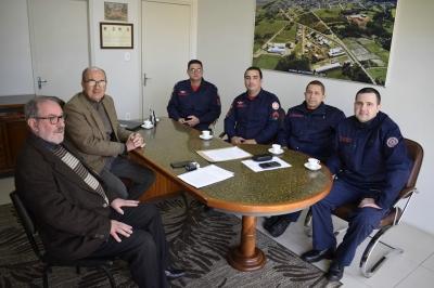 Reunião com bombeiros tratou sobre nova legislação da categoria