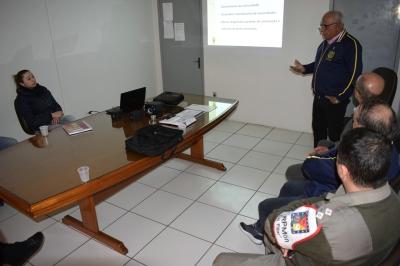 Rotary Club Santa Maria Sul entrega certificados da campanha da hepatite