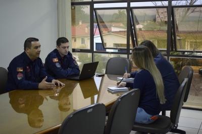 """Programa """"Bombeiro Orienta"""" inicia atendimentos em Faxinal do Soturno"""