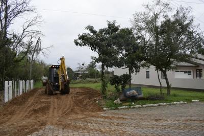 Inicia a preparação do terreno para o Centro de Convivência do Idoso