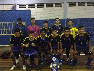Escolinha Municipal é vice-campeã da Copa Durabile de Futsal