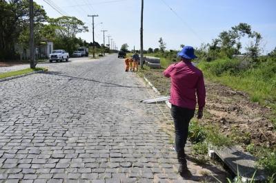 Della Pasqua inicia os trabalhos do asfalto em Faxinal do Soturno