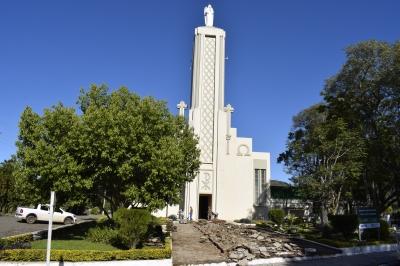 Praça de Santos Anjos está sendo reformada