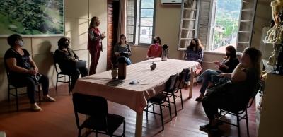 Educação realiza reunião com diretoras e coordenadoras pedagógicas