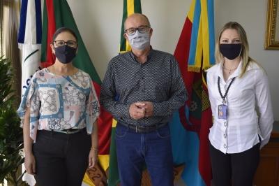 Gerentes do Banco do Brasil fazem visita ao gabinete do prefeito