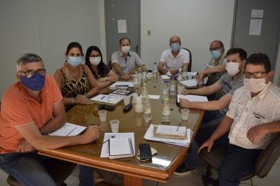 Prefeito realiza primeira reunião com a equipe de governo
