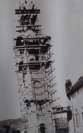 Construção da torre da Igreja Matriz São Roque, em 1937