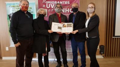 Faxinal participa do lançamento de coletânea sobre os 150 Anos da Imigração Italiana no RS