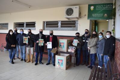 Inspetoria de Defesa Agropecuária realiza campanha de agasalhos e alimentos