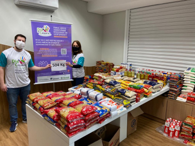 Sicredi arrecada mais de meia tonelada de alimentos em ação social