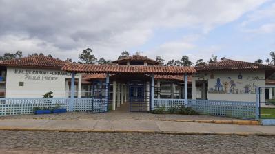 Escola Paulo Freire promove risoto em parceria com a Comunidade da Vila Santo Antônio