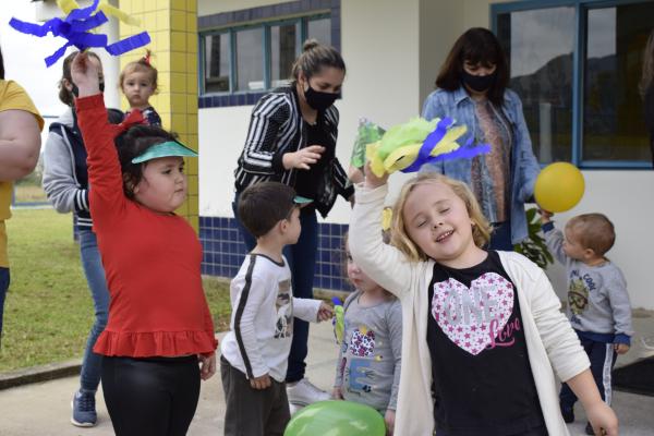 Escolas municipais realizam atividades alusivas à Semana da Pátria