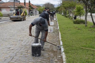 Secretaria de Obras realiza mutirão em Santos Anjos