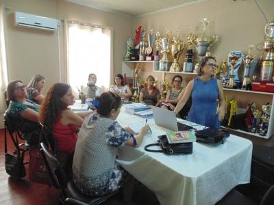 Novas Diretoras das Escolas Municipais participam de reunião na Secretaria da Educação