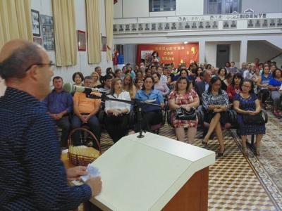 Prefeito Clovis participa de homenagem na Câmara de Vereadores