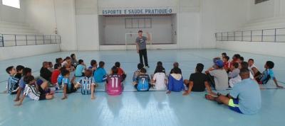 Escolinha Municipal de Futebol iniciou suas atividades