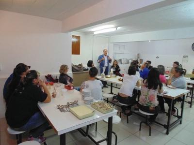 Projeto Ciranda realizou confraternização de Páscoa