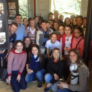 Museu Fotográfico recebe alunos de escola santa-mariense