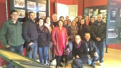 Grupo santa-mariense visita o Museu Fotográfico