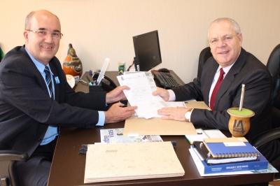 Em Brasília, Prefeito busca recursos para o Município