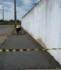 Prefeitura inicia movimento para construção de calçadas