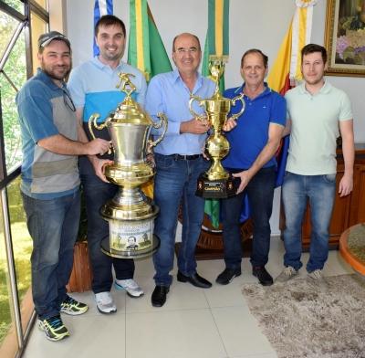 Campeões da Bocha são recebidos na Prefeitura