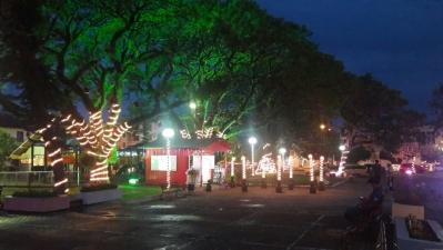 Com Praça e Avenida iluminadas, Faxinal realiza a abertura do Natal 2017