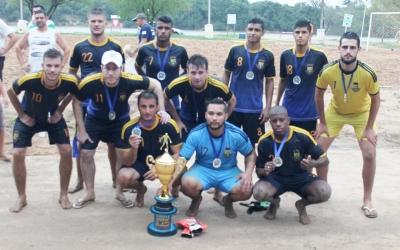 Seleção de Faxinal é vice-campeã em Restinga