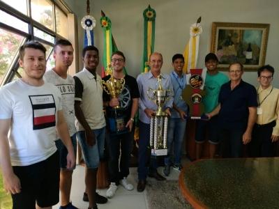 Sub-23 conquista o troféu em Agudo