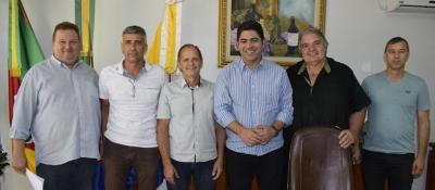 Secretário Fabiano faz vistoria às obras de recuperação de estradas