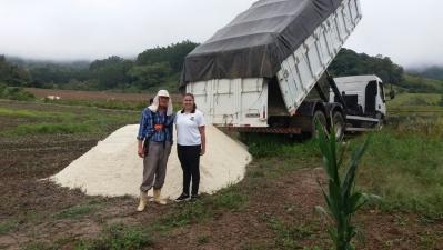 Programa de Calcário beneficia produtores faxinalenses