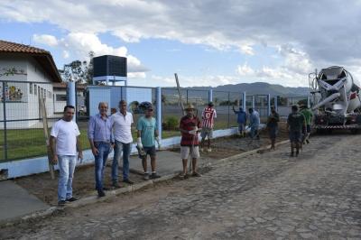 Concluída a primeira etapa da construção de calçadas no perímetro urbano