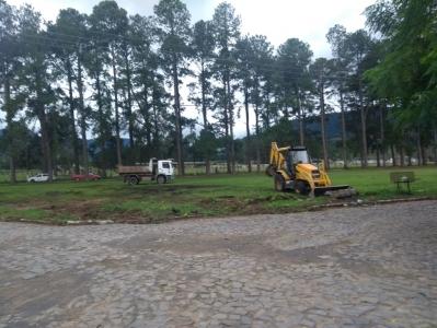 Secretaria realiza mutirão de serviços na Vila Verde Teto e arredores
