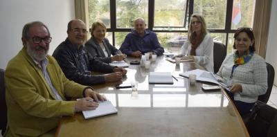 Integrantes do Corede reunidos para organizar a Assembleia Microrregional