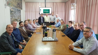 Prefeito Clovis participou de viagem técnica à Pinhalzinho/SC