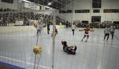 Semifinais do Campeonato Municipal de Futsal acontecem nesta semana