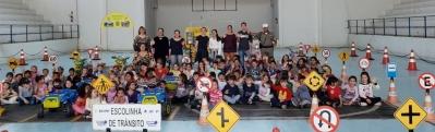 Alunos de escolas faxinalenses participaram da Escolinha de Trânsito