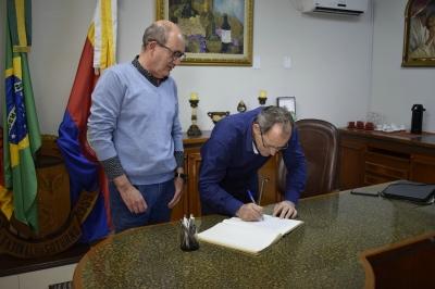 Lourenço Moro é o prefeito em exercício