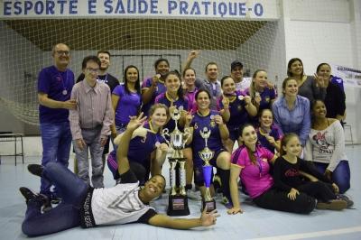 Seleção faxinalense é campeã do Interseleções de Futsal Feminino