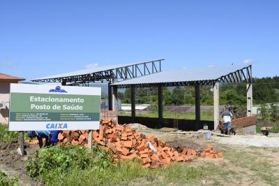 Construção de garagem garantirá segurança à frota da Secretaria de Saúde